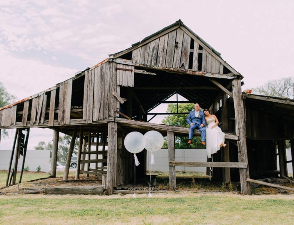 Real Wedding – Julie and Daniel